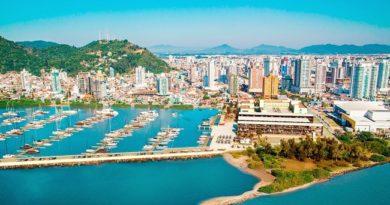 Santa Catarina entra na rota de megaiates através da Marina Itajaí